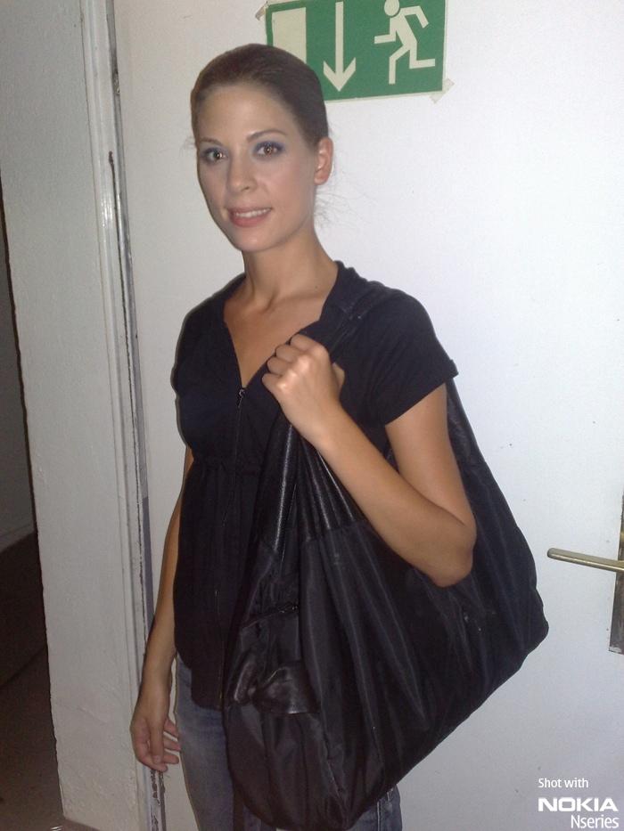 Whats Nikki Portrait 210809 Whats in your bag, Nikki Ermi?