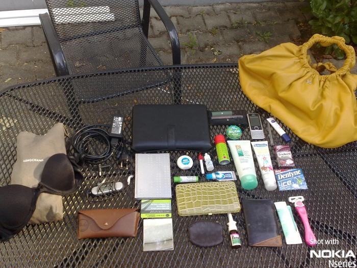 Whats Stella Inhalt 2108009 Whats in your bag, Stella Ermi?