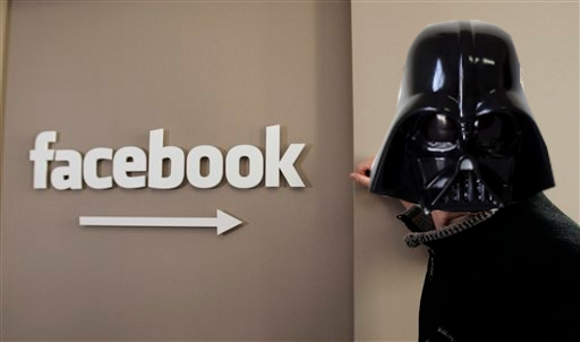 facebookevil  Mitläufermysterium   Facebook is evil