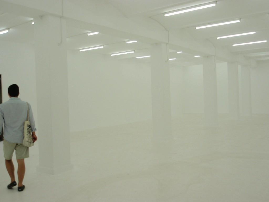 Image 1 Installation View KW 1024x768 6. Berlin Biennale – Wirklich das, was draußen wartet?