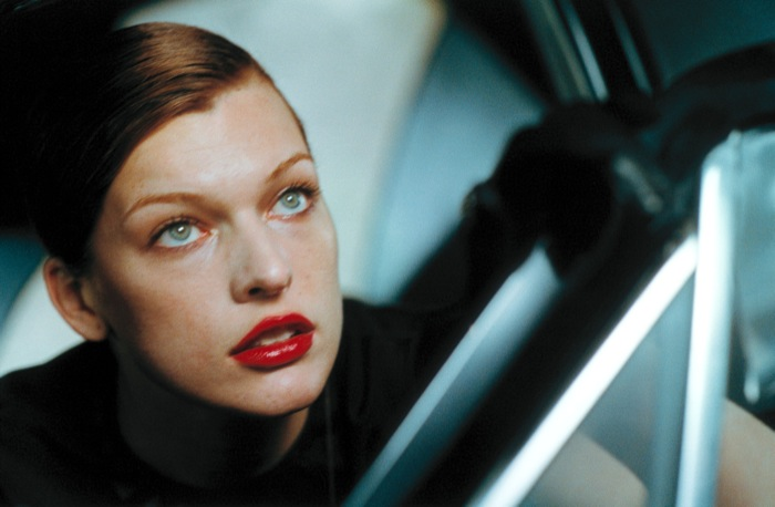 03 Milla Jovovich 700 Eröffnungssport – Show and Business