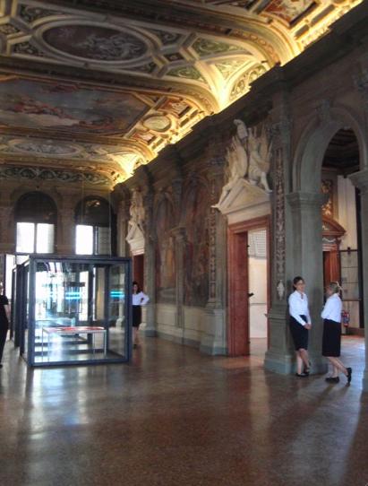 Bild 3 Veredelt von Prada  – Ca' Corner della Regina