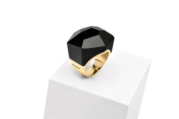 Jil Sander Obsidian Ring The Bling Fling   Der Sommer glänzt