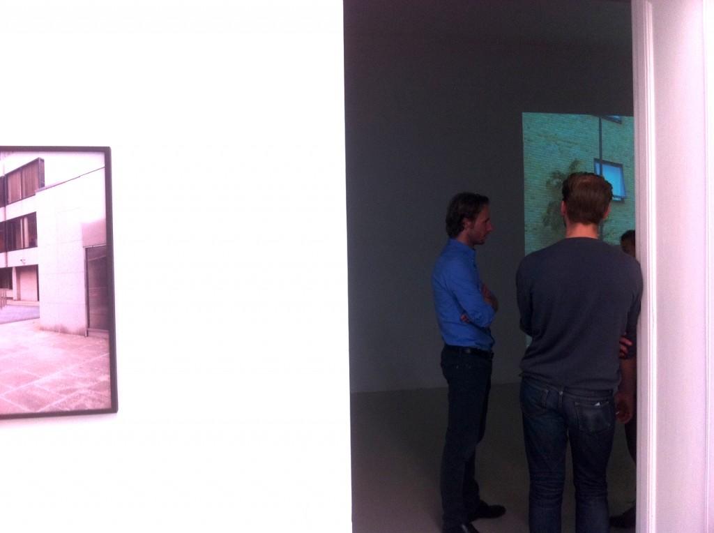 Galerist Thomas Fischer Galerie 1024x764 Vormittag zwischen Trance und Kunst. Galerie Thomas Fischer.