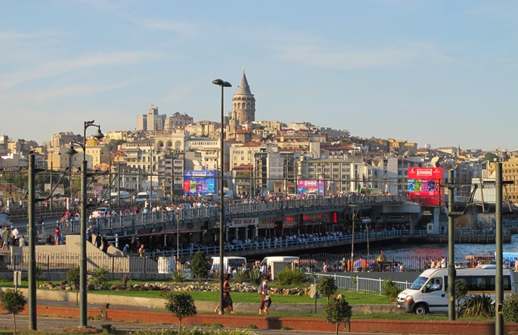 panorama foto Lokalpatriotische Postkartenkunst   Art Beat Istanbul