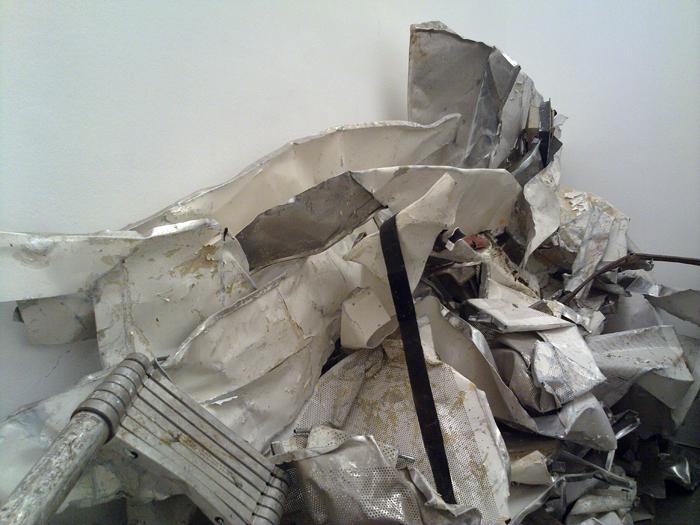 2210201115131 Danilo Dueñas – Kunst ist alles andere als Schrott