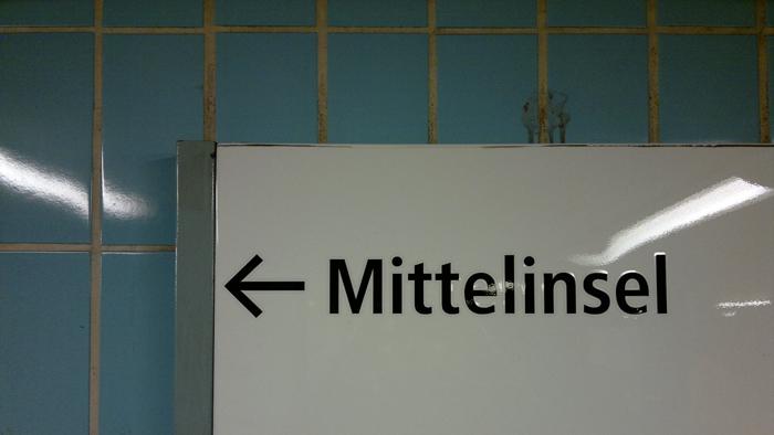 08122011113 Am Knie von Gabriele Schulze