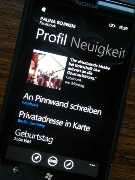 250120122291 Mit dem Nokia Lumia 800 durch Schrift und Bild